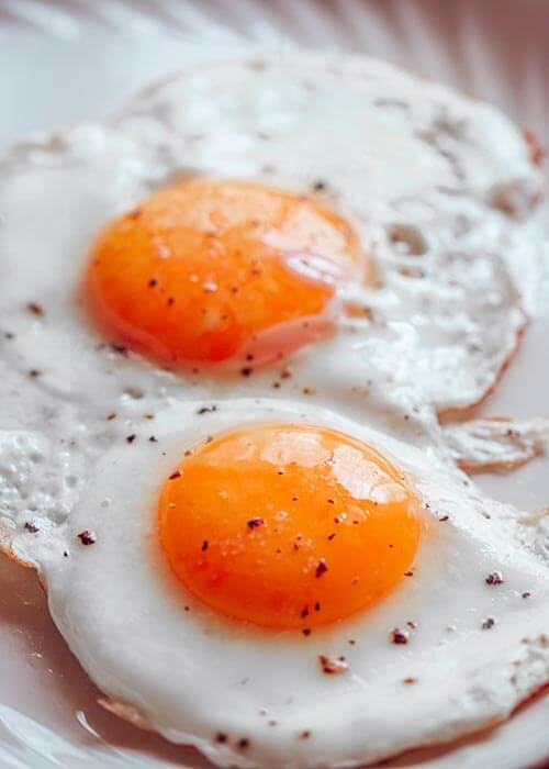 Fried Eggs With Salt and Pepper Free Breakfast